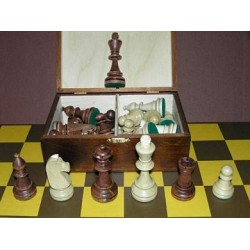 Chess Staunton No 6 in wooden case (S-6)